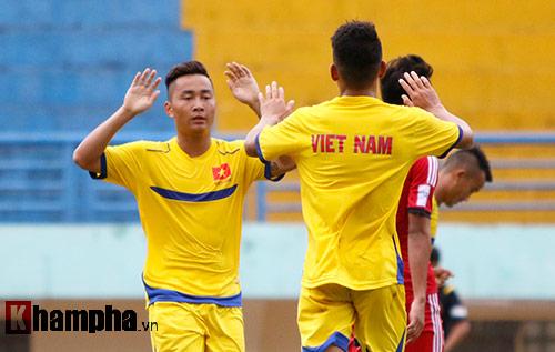 U21 VN đá giao hữu, truyền nhân Văn Quyến toả sáng - 8