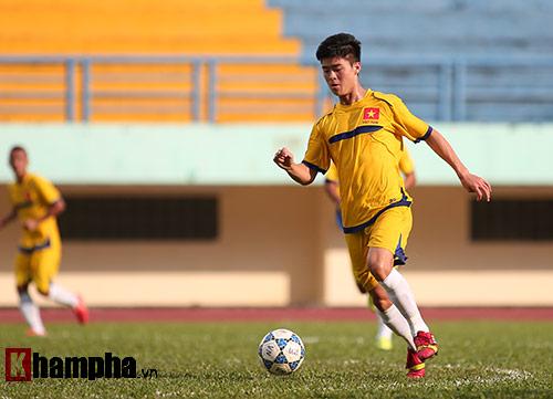 U21 VN đá giao hữu, truyền nhân Văn Quyến toả sáng - 3