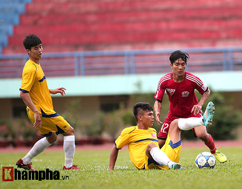 U21 VN đá giao hữu, truyền nhân Văn Quyến toả sáng - 9