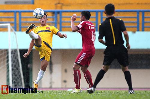 U21 VN đá giao hữu, truyền nhân Văn Quyến toả sáng - 10