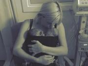Bạn trẻ - Cuộc sống - Bà mẹ ung thư đặt cược tính mạng để 2 con chào đời