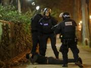 Thế giới - Hé lộ đầu tiên về các tay súng khủng bố đẫm máu ở Pháp