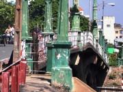 """Tin tức trong ngày - TP.HCM: """"Khai tử"""" cây cầu gần trăm tuổi, người dân tiếc nuối"""