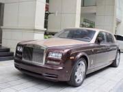 Xe xịn - Rolls-Royce Phantom Lửa thiêng 'chưa biển' xuống phố