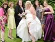 Độc đáo tiệm váy cưới dành cho các cô dâu... ngàn cân