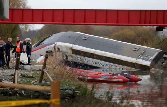 Tàu cao tốc trật bánh ở Pháp, 10 người thiệt mạng - 1