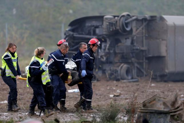 Tàu cao tốc trật bánh ở Pháp, 10 người thiệt mạng - 2