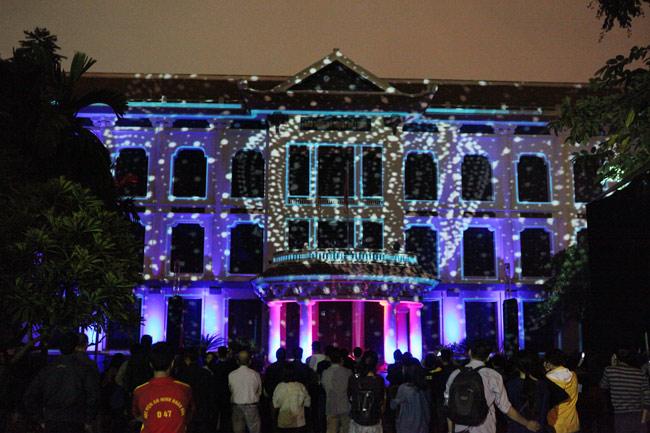 Màn trình diễn ánh sáng nghệ thuật mãn nhãn giữa Thủ đô - 8