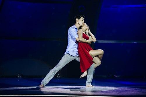 """Quang Đăng tái hiện chuyện tình cảm động tại """"Bước nhảy"""" - 1"""