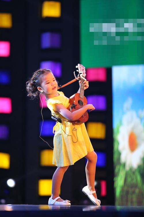 Cô bé 7 tuổi hát cải lương chinh phục triệu khán giả - 6