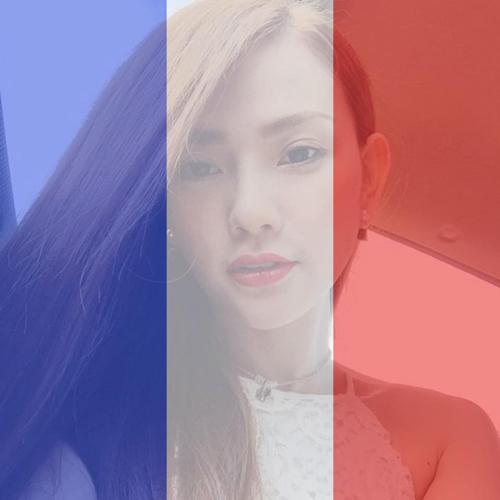 """Facebook sao 15/11: Phương Trinh được """"bạn trai"""" hôn má - 7"""