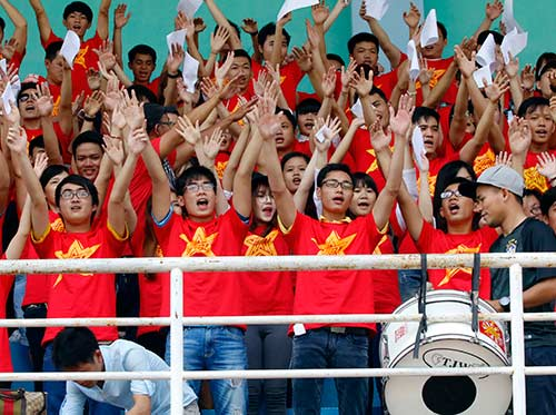 """CĐV Việt Nam háo hức """"tiếp lửa"""" giải U21 Clear Men Cup - 11"""