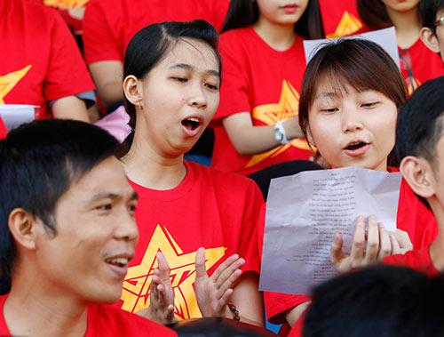 """CĐV Việt Nam háo hức """"tiếp lửa"""" giải U21 Clear Men Cup - 6"""