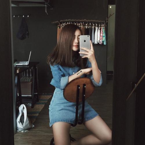 """Ngắm loạt sao, hotgirl Việt """"đọ dáng"""" với sơ mi denim - 13"""