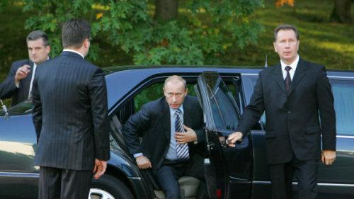 Tiết lộ kế hoạch đóng siêu xe mới bảo vệ Tổng thống Nga - 3