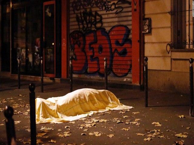 """Vì sao Pháp """"mù"""" trước kế hoạch khủng bố của IS? - 2"""