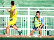 """Bóng đá - HLV của U21 Việt Nam xuất chiêu, học trò """"tròn mắt"""""""