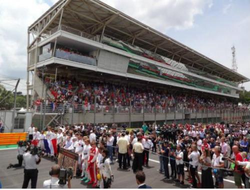 Video F1, Brazilian GP: Hamilton nối dài giấc mơ buồn - 1