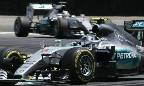 Video F1, Brazilian GP: Hamilton nối dài giấc mơ buồn - 2
