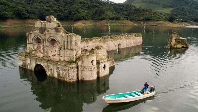 10 công trình kiến trúc bí ẩn dưới nước - 1