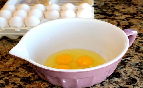Khắc phục 4 vấn đề về da chỉ với 1 quả trứng - 4