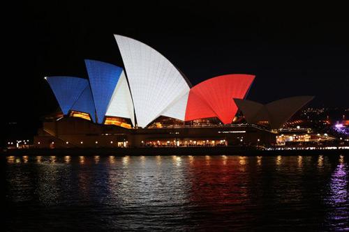 Từ vụ khủng bố Paris: Thể thao chung tay vì hòa bình - 2