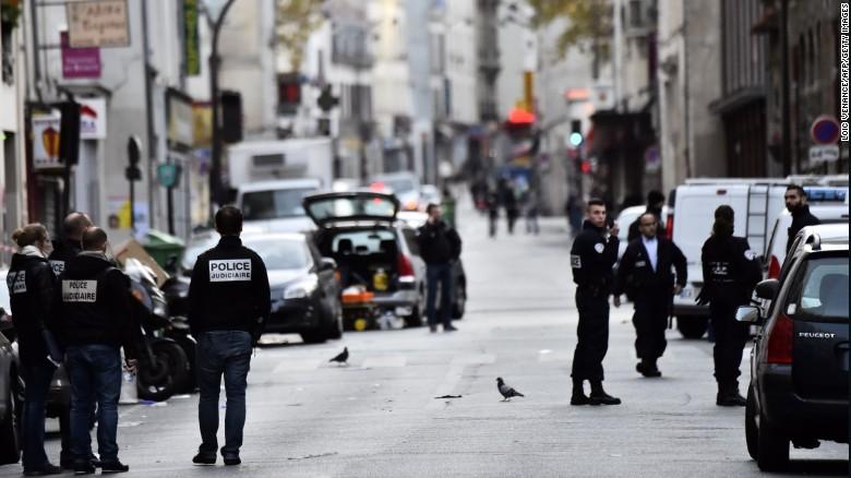 Cảnh sát Pháp bỏ lọt kẻ khủng bố thứ 8 như thế nào? - 2