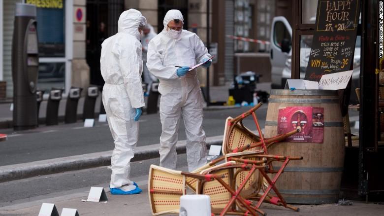 Cảnh sát Pháp bỏ lọt kẻ khủng bố thứ 8 như thế nào? - 3