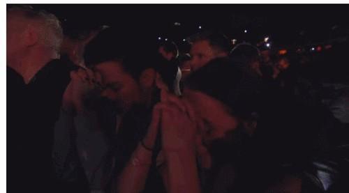 Madonna rơi nước mắt trước thảm kịch tại Paris - 2