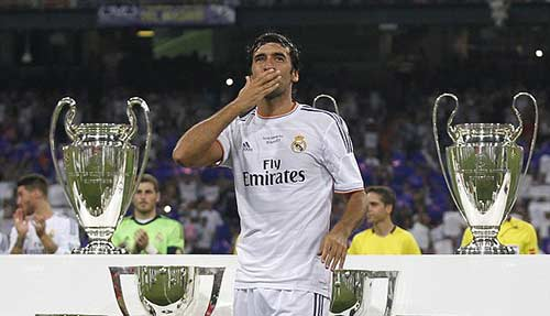 """Raul hạ màn sự nghiệp: """"Chúa nhẫn"""" đăng quang - 12"""