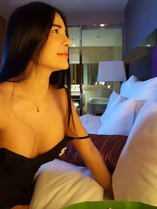 Cô gái Thái xinh bất ngờ sau 4 lần sửa mũi - 9