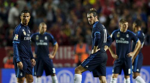 El Clasico: Real có dám chơi tấn công trước Barca - 1