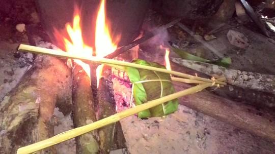 Ngon ngây ngất thịt nướng lá chuối mẹ làm - 3