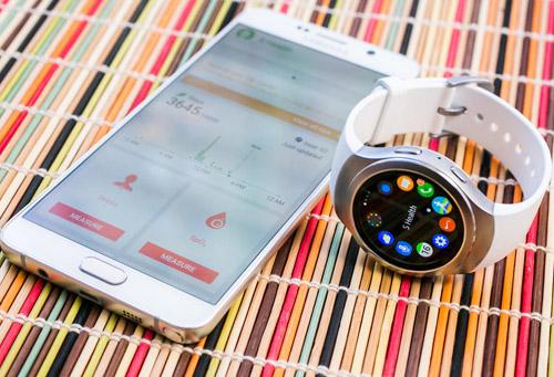 """Đánh giá Samsung Gear S2: Dáng đẹp, thiết kế xoay siêu """"độc"""" - 1"""