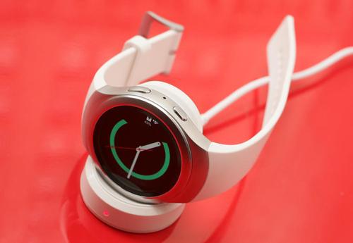 """Đánh giá Samsung Gear S2: Dáng đẹp, thiết kế xoay siêu """"độc"""" - 6"""