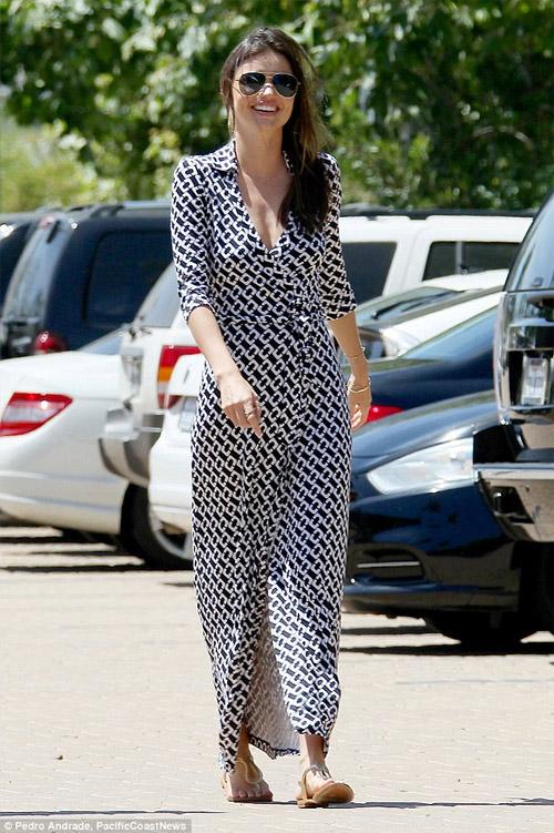 """Miranda Kerr tiết lộ bí quyết """"đẹp trong mọi hoàn cảnh"""" - 8"""