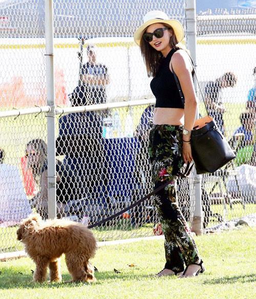 """Miranda Kerr tiết lộ bí quyết """"đẹp trong mọi hoàn cảnh"""" - 1"""
