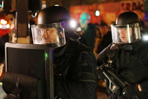 Khủng bố ở Pháp: Cảnh sát phát hiện bệ phóng rocket - 1