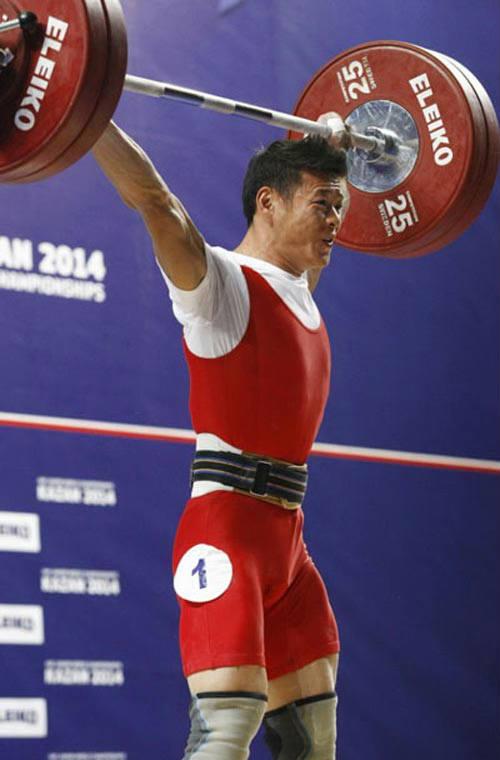 Cử tạ Việt Nam: Chông gai giành vé dự Olympic Rio - 1