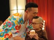 """Ca nhạc - MTV - Cười lăn lộn với cậu bé 4 tuổi """"ẵm"""" 40 triệu từ Trấn Thành"""