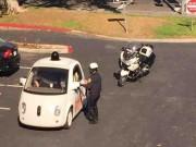 Xe xịn - Xe tự lái của Google bị tuýt còi vì... tốc độ quá chậm