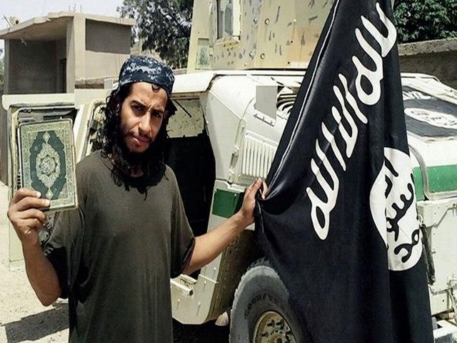Chân dung kẻ chủ mưu khủng bố đẫm máu ở Pháp - 1