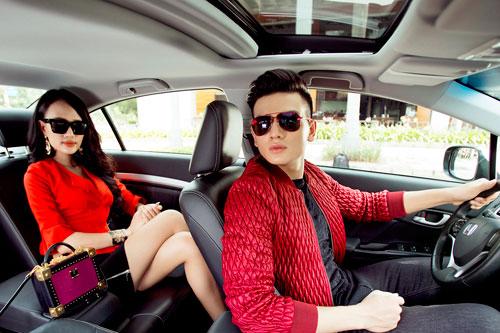 Trai tài, gái sắc cuốn hút bên Honda Civic Modulo - 4