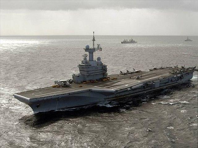 """Pháp sẽ thực hiện cuộc tấn công """"chưa từng có"""" diệt IS - 1"""