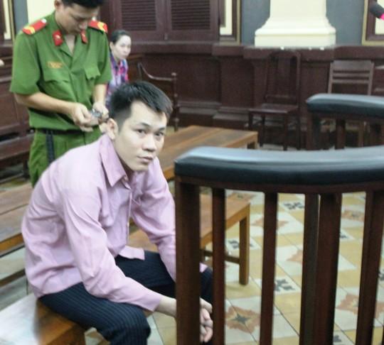 15 năm tù cho kẻ dùng búa đập đầu vợ, con rồi tự sát - 1