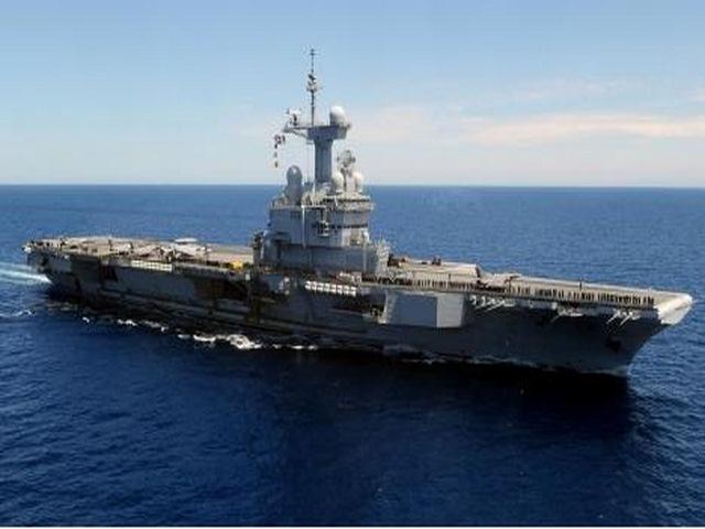 Sức mạnh tàu sân bay hạt nhân Pháp điều đi tiêu diệt IS - 2