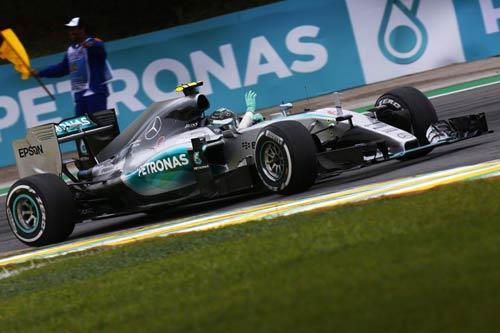 Phía sau vạch đích Brazilian GP: Mercedes vẫn trên Ferrari (P1) - 1