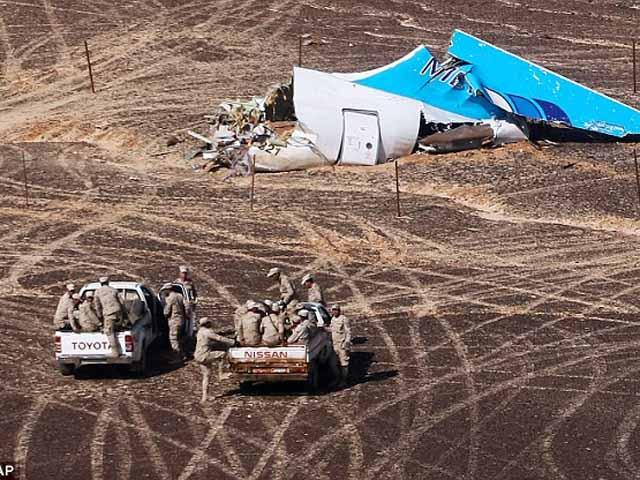 Ai Cập bắt 2 nhân viên sân bay giúp gài bom máy bay Nga - 1