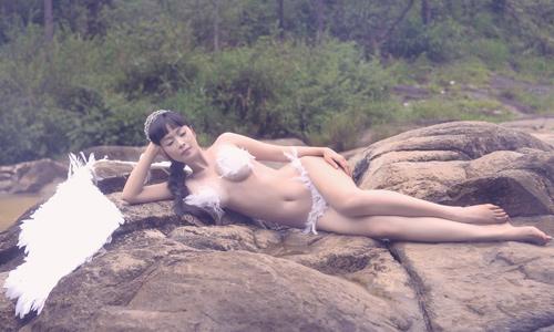 """Lê Kiều Như gợi cảm với """"nội y thiên thần"""" - 2"""