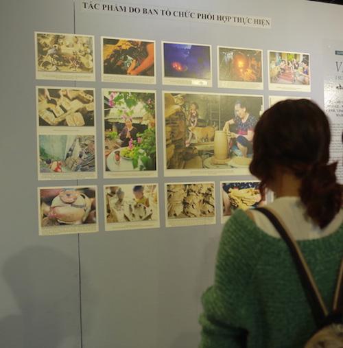 Triển lãm tranh về những nét đẹp trong đời sống người Việt - 3